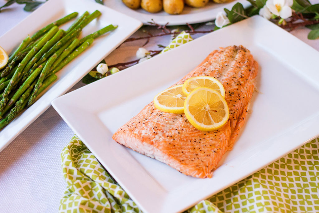 Do you want dinner in 15 minutes flat? Lemon Pepper Salmon is the perfect dish for you! But there's a secret you have to know!