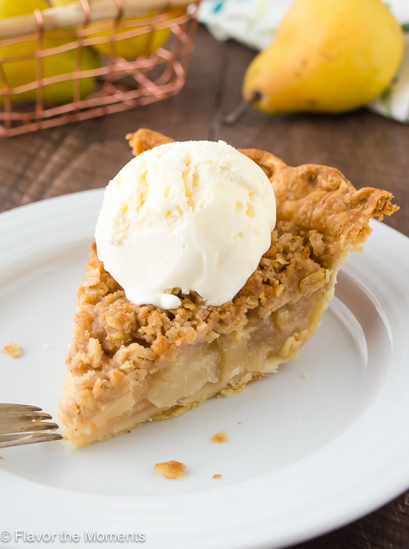 pear-ginger-crumble-pie5-flavorthemoments-com_
