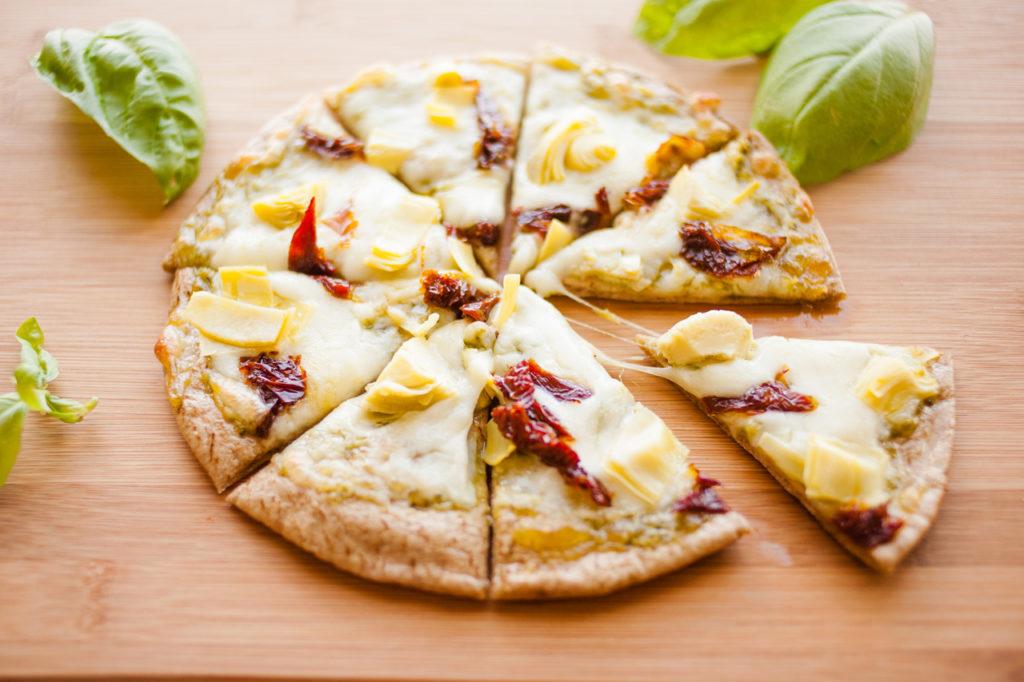 Artichoke and Sun-dried Tomato Pita Pizza by Ice Cream and Inspiration.