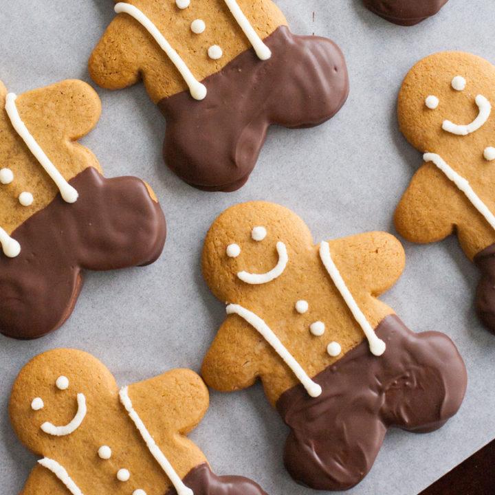 Gingerbread Man Cookies (Kneaders Copycat Gingerbobs)